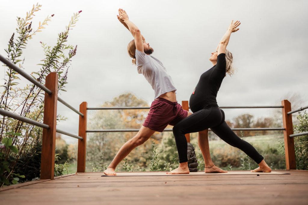 Business Yoga Inga und Nico